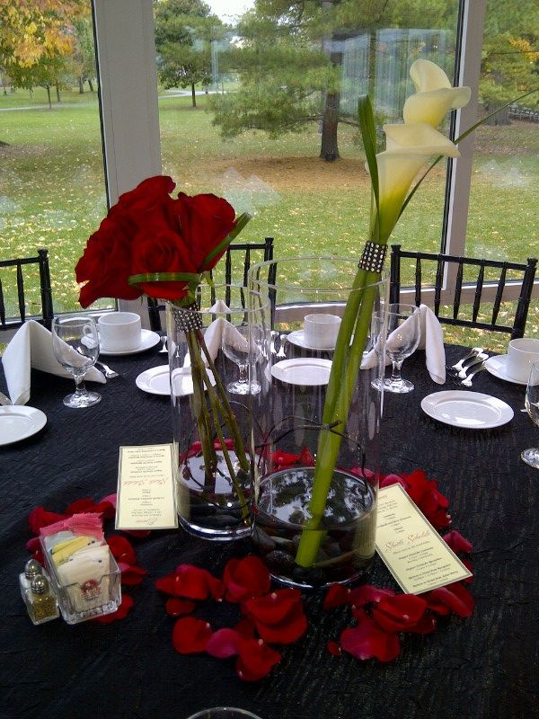 Elmhurst Art Museum Wedding -- First Table Centerpiece Design