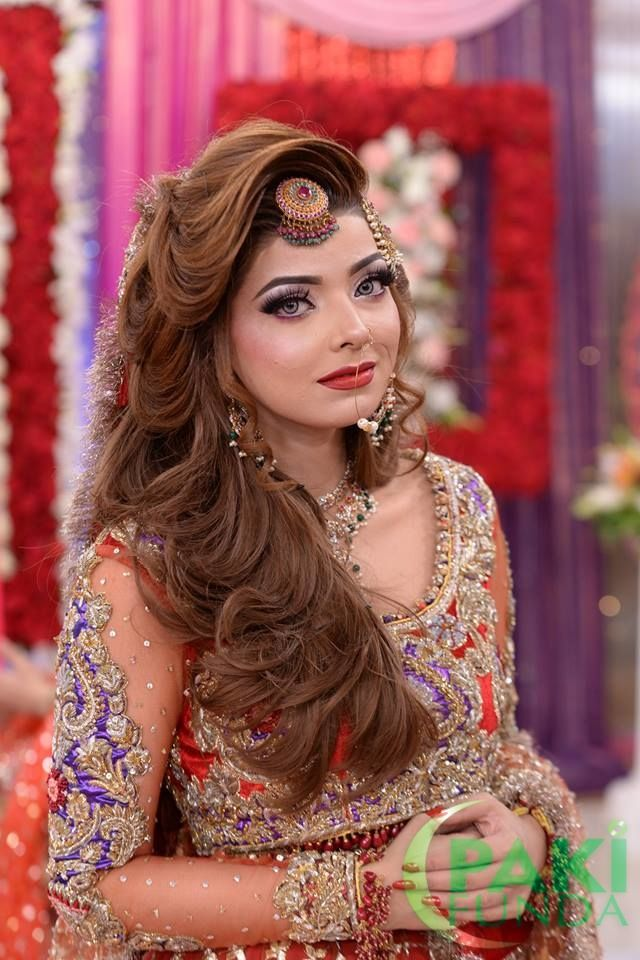Hairstyle For Round Face Girl In Pakistan | Hair styles, Hairstyles for round faces, Braided ...