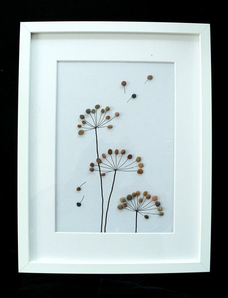 Steinbild - Kieselstein - Blumen | Sea glass art, Rock flowers and ...