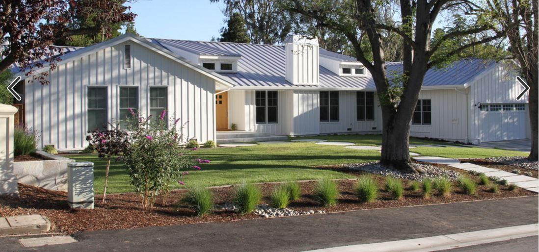 Vertical Siding White Raiseranch Ranch House Exterior Ranch Style Homes Ranch Exterior