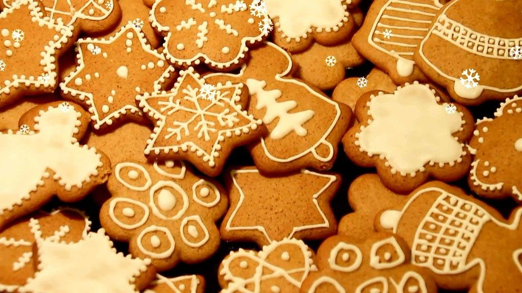 How to Decorate Christmas Cookies - Easy Level Decorated christmas
