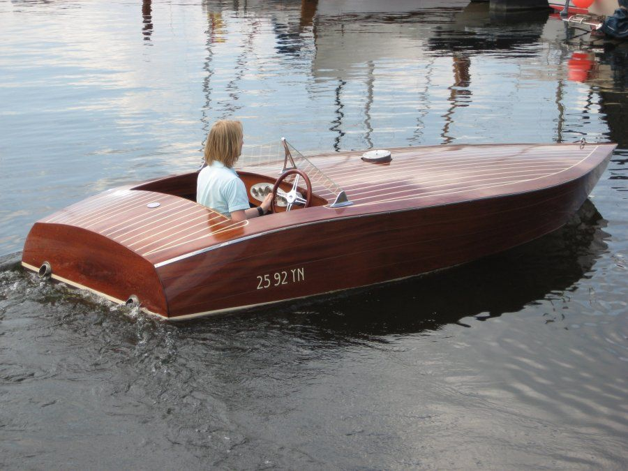 15' Cracker Box - rear-cockpit speed boat-boatdesign ...