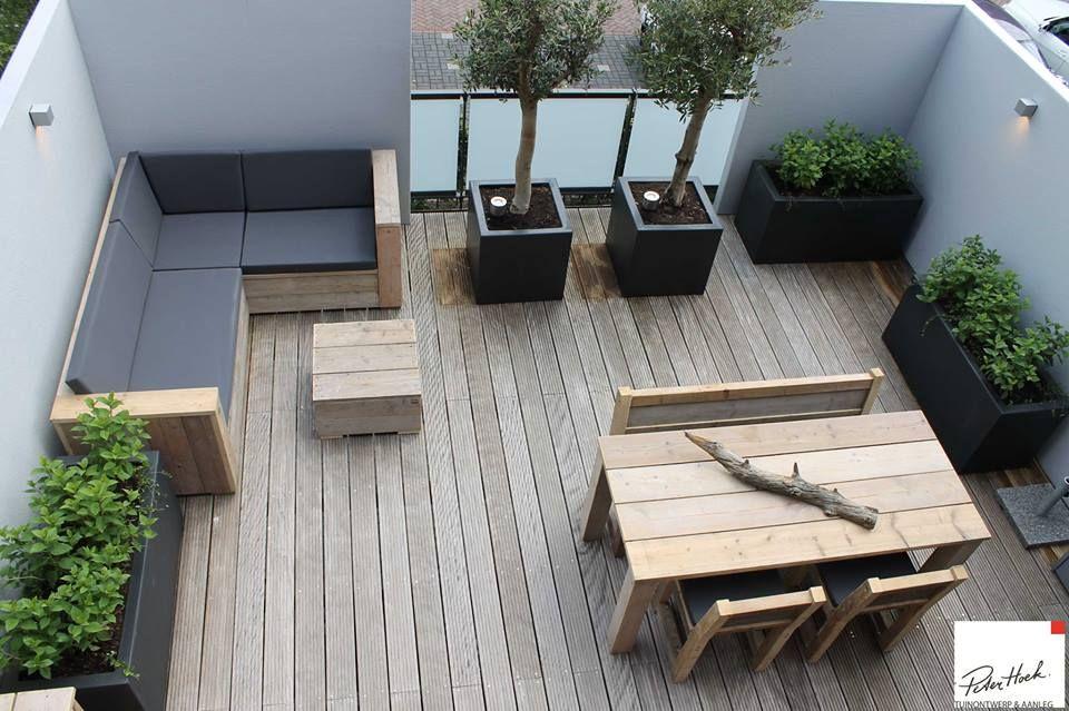 Platoflex walls in l shape on a roofterrace by peter hoek for Tuinontwerp en aanleg