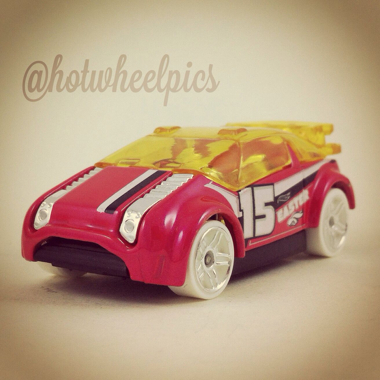 Happy Easter Super Gnat 2015 Hot Wheels Easter Cars Walmart Excl Hotwheels Toys Diecast Easter Hot Wheels Toy Car Diecast