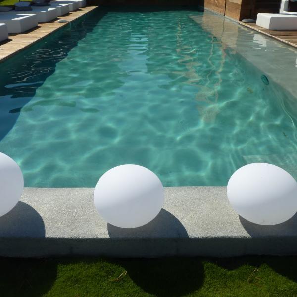 Construction d\u0027une piscine d\u0027hôtel en béton à Ajaccio - Corse