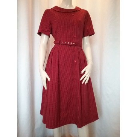 Daisy Dapper Collection Stina dress Red Checked. Till salu i webbshoppen  vintagekläder.se 0798e8ded8a2b