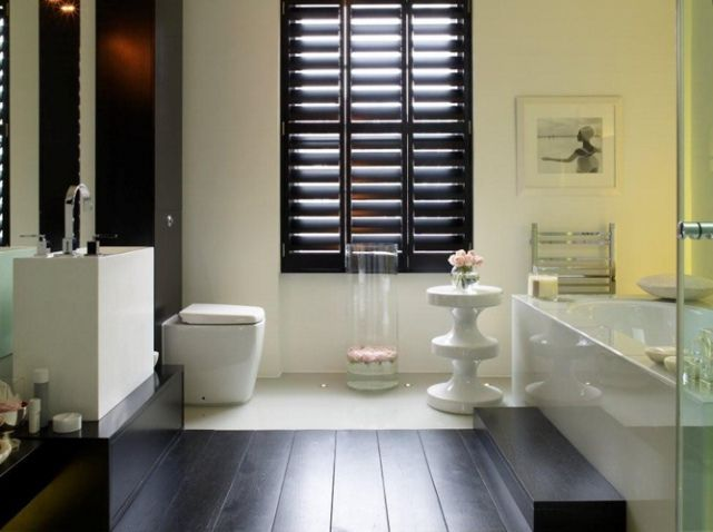 Kelly Hoppen salle De Bain baignoire design | saint brevin idée ...