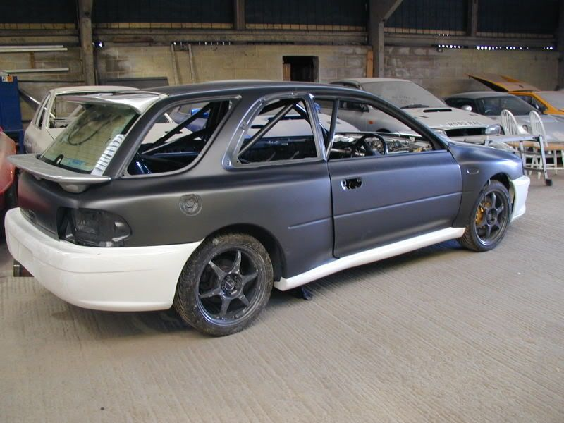 scoobypics: Subaru - Wagon hatch with 22b fenders? i need