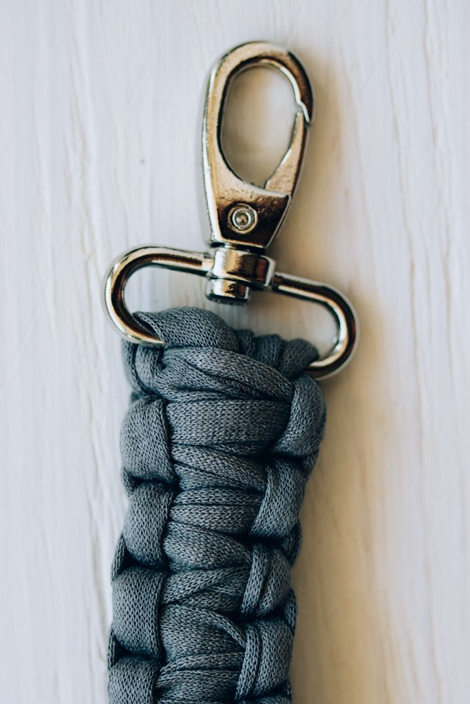 Diy Strap For A Clutch Check This Easy Macrame Free Pattern To Make
