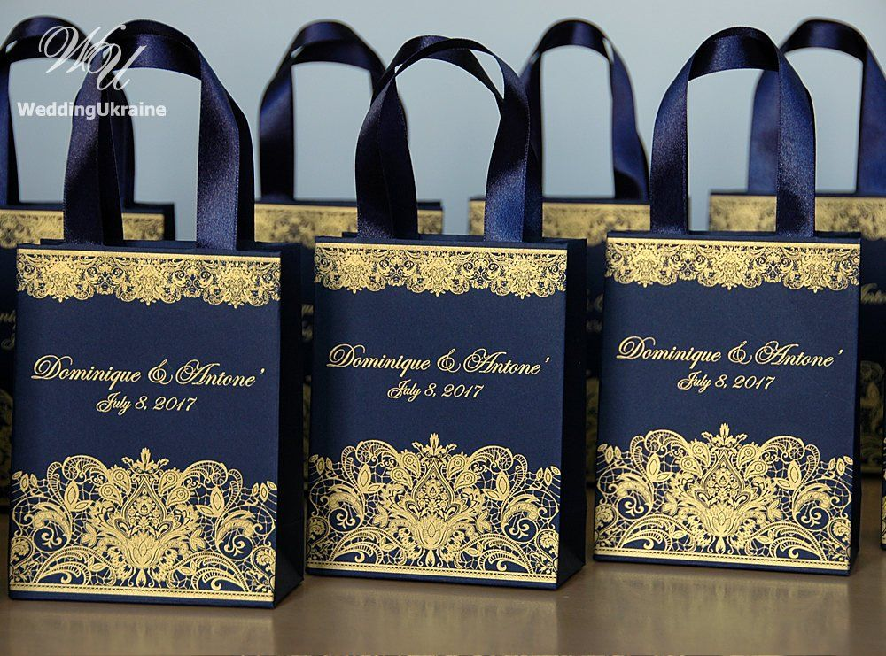 30 black gold birthday party gift bags with satin ribbon