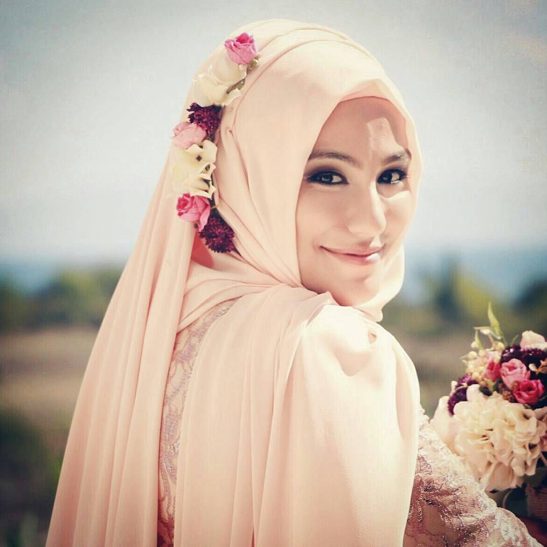 muslimweddingideasAww love this hijab style so much! So simple yet ...