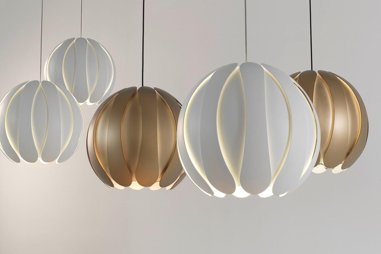 Metal Closed Flower Pendant Light Ceiling Light Fittings Pendant Light Light Fittings