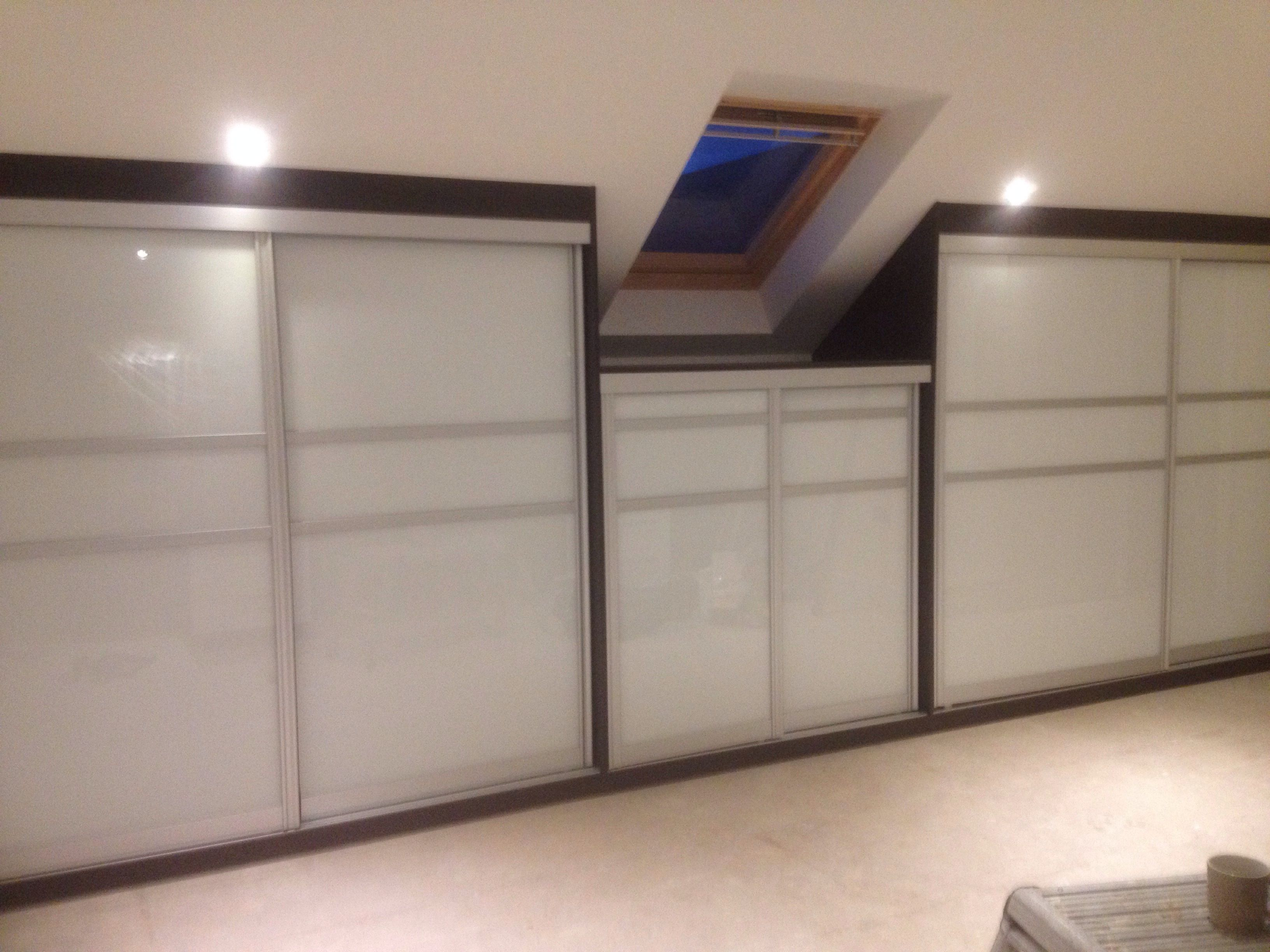 fitted sliding wardrobe doors in pink glass white glass (from ...