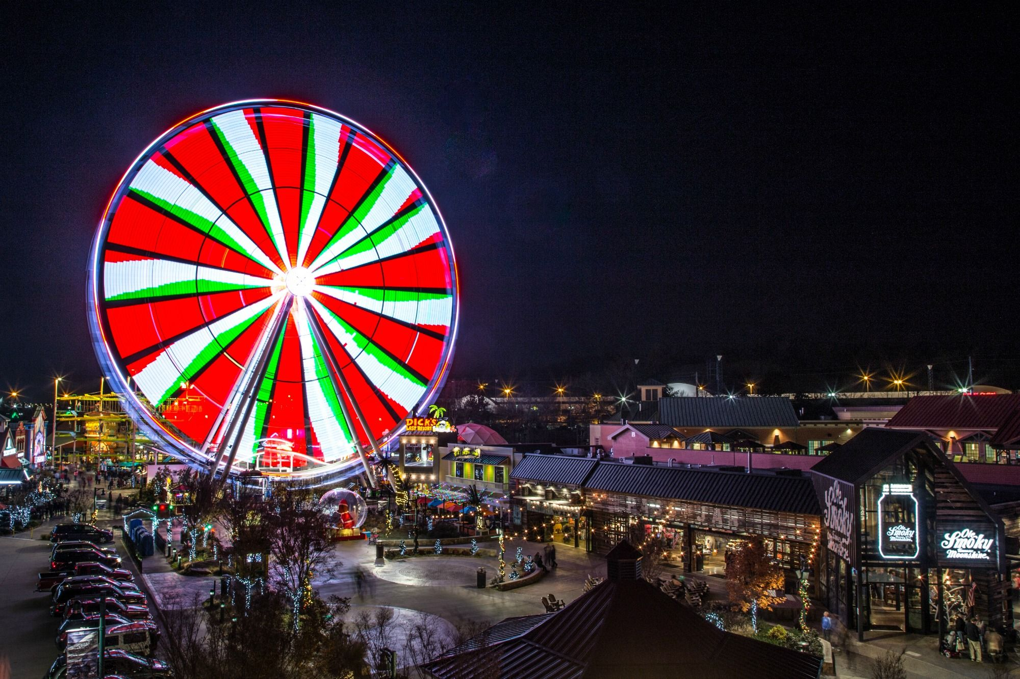 Visit The Great Smoky Mountain Wheel at The Island in Pigeon Forge this Christmas | Christmas ...