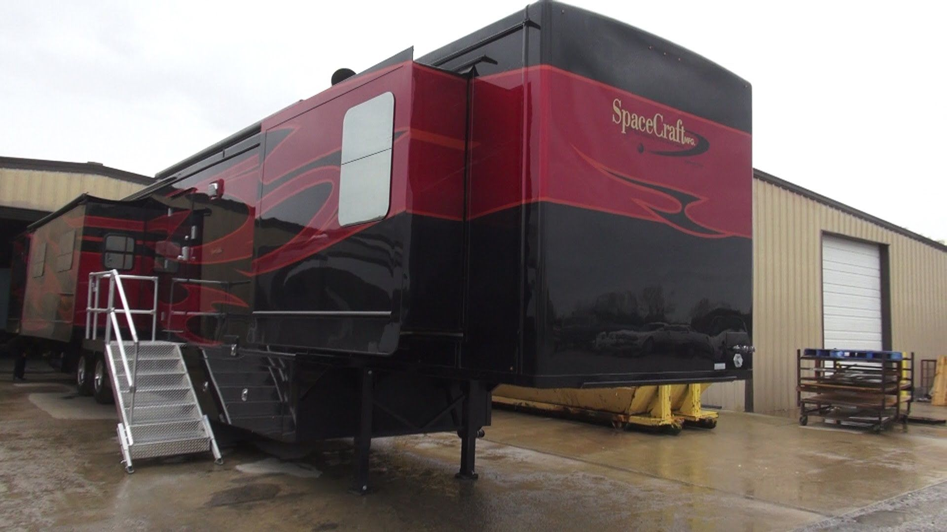 Spacecraft Rv Manufacturing 57 Foot Custom 5th Wheel Rv