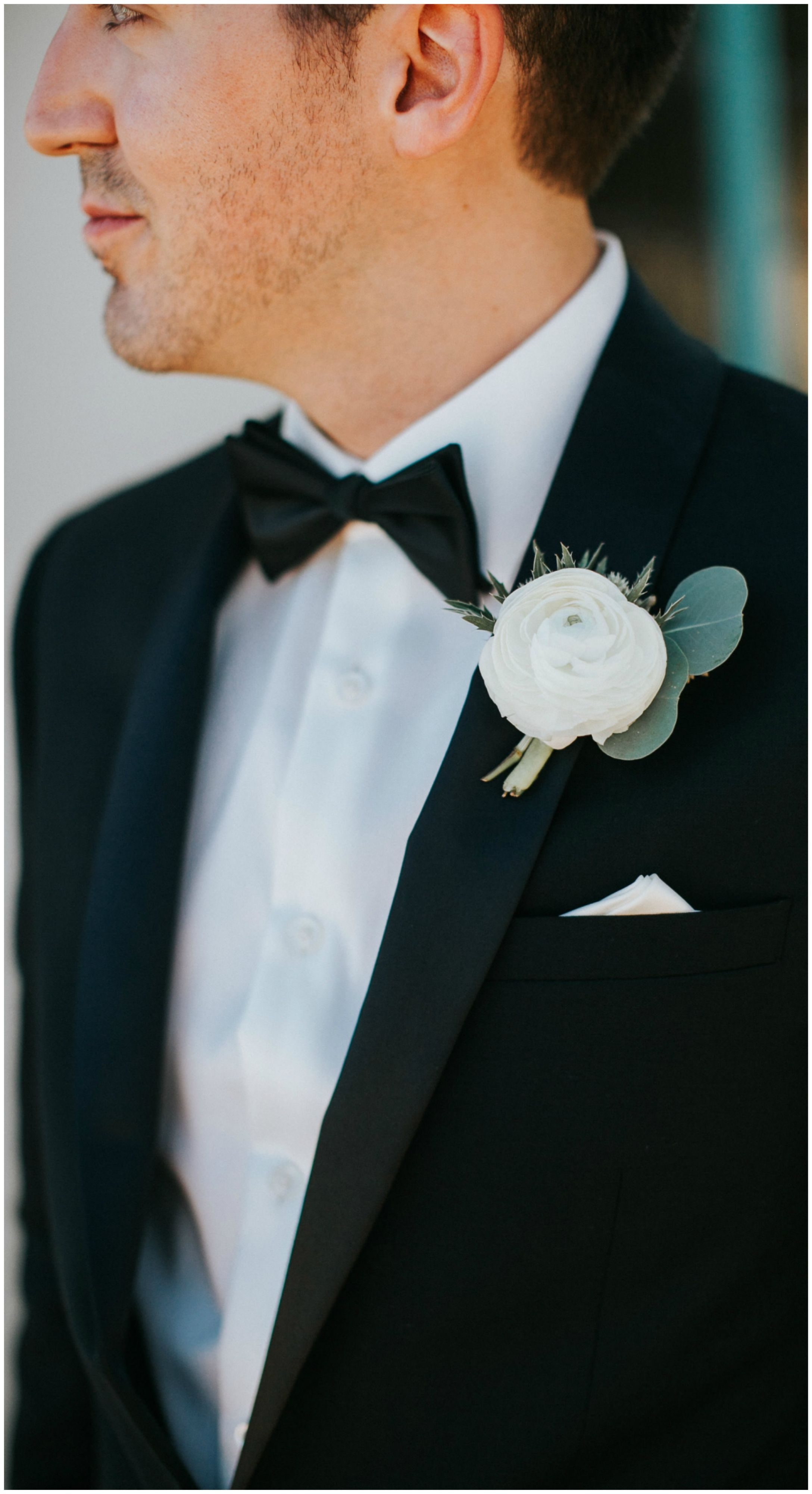 The Smarter Way to Wed | Groom boutonniere, White ranunculus and ...
