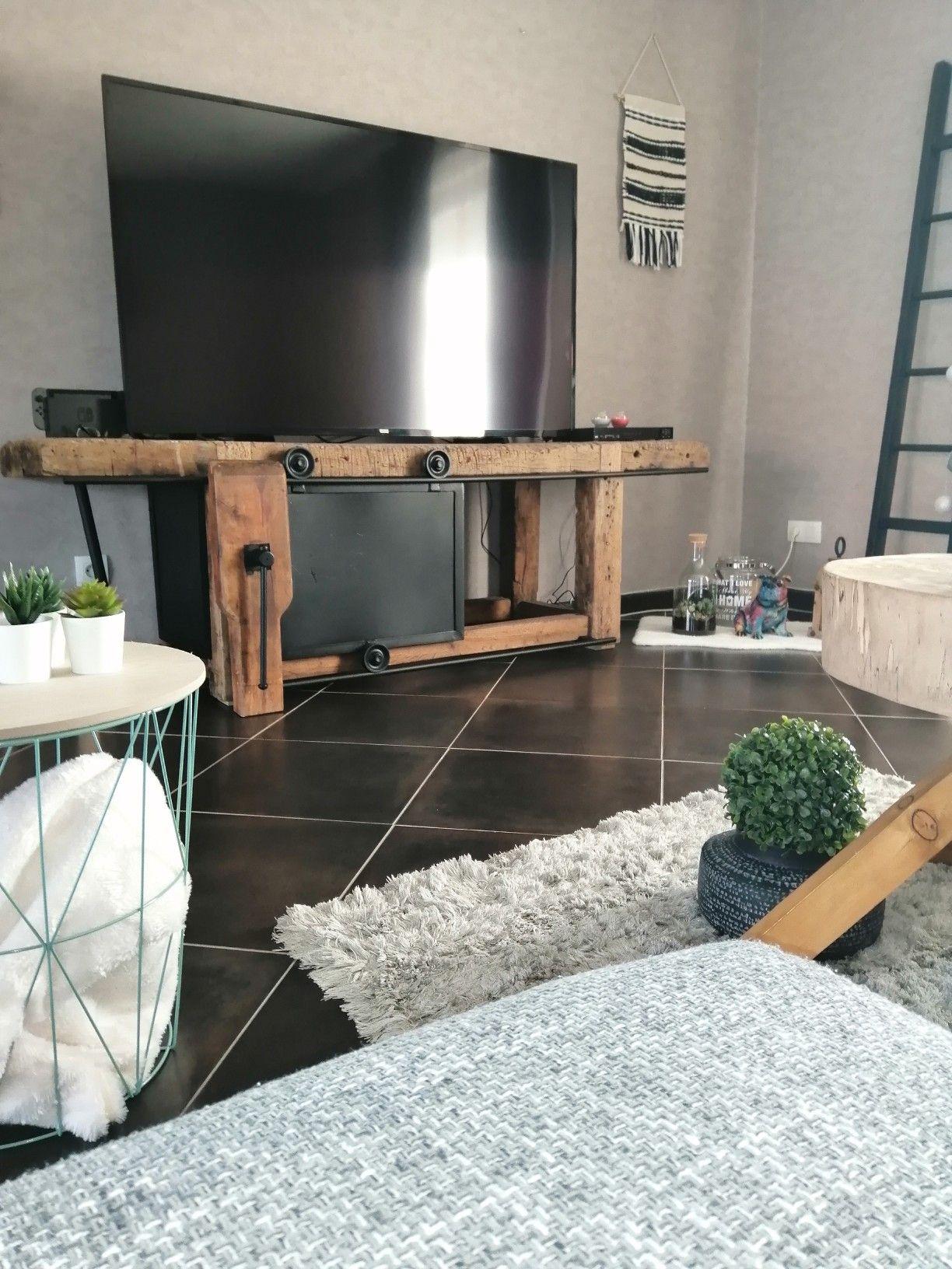 Etabli Transforme En Meuble Tv Par Nos Soins Les Etapes De La Renovation Sont Disponibles Dans U Deco Maison Interieur Mobilier De Salon Relooking De Mobilier