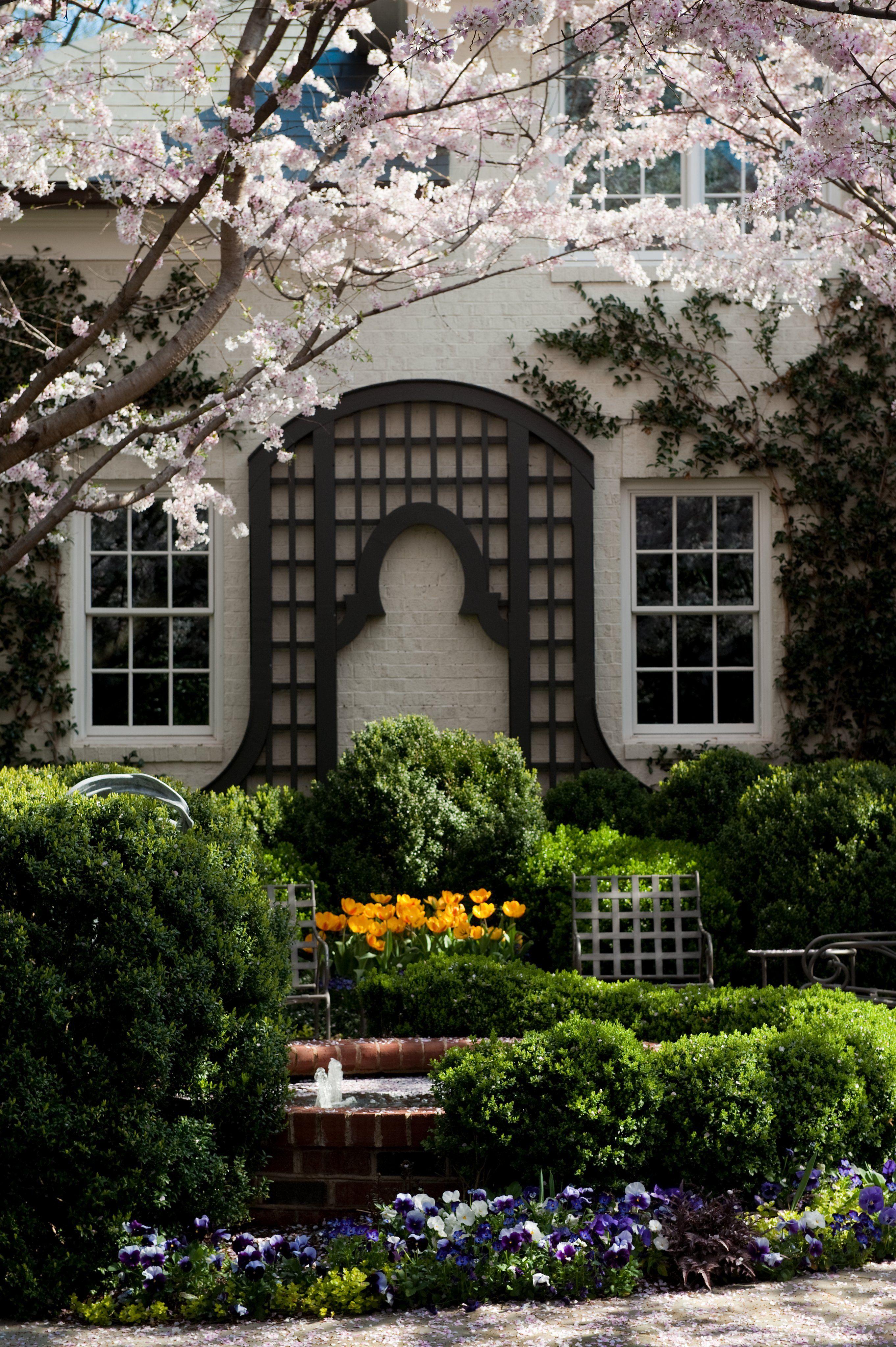 Focal Point In A Courtyard Garden