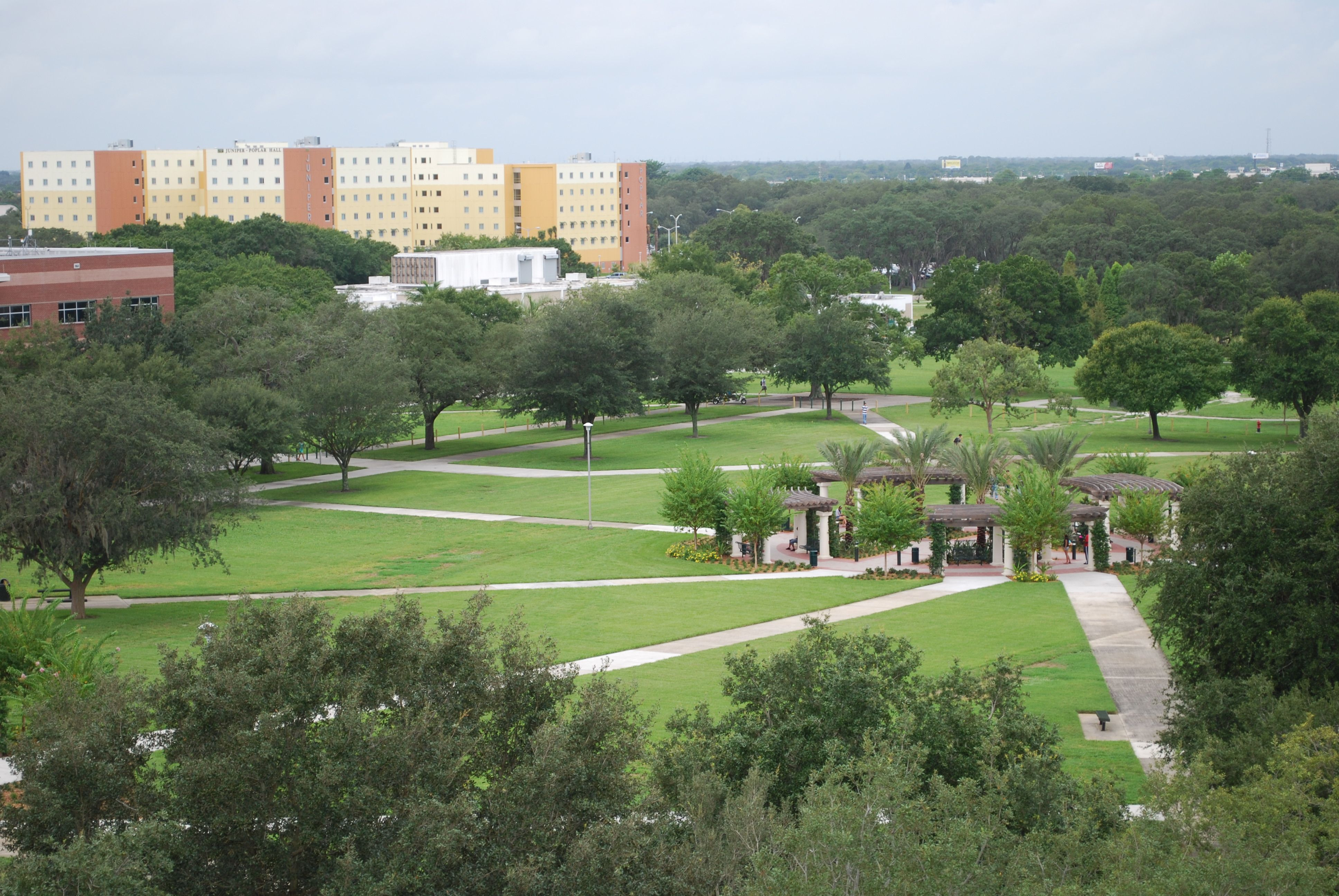 Look How Beautiful And Green Our Campus Is Check Out Juniper Poplar In The Back Campus Golf Courses How Beautiful