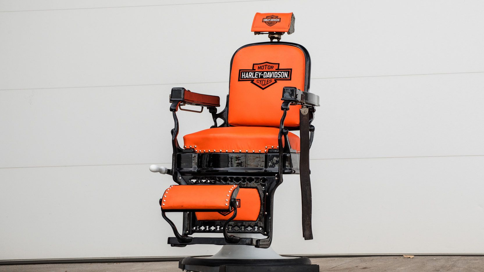 Superb Harley Davidson Barber Chair 1 Print Image Orange In Alphanode Cool Chair Designs And Ideas Alphanodeonline