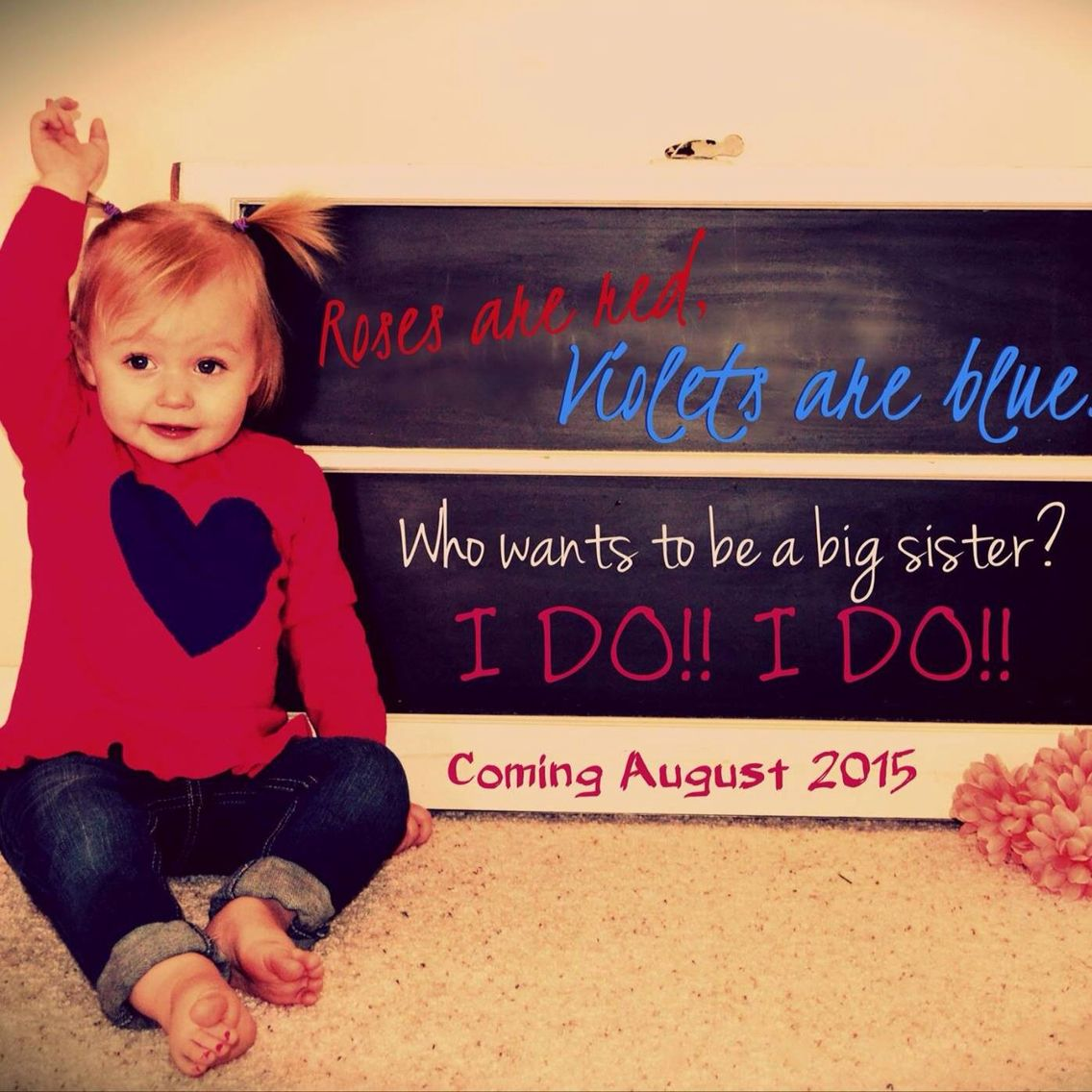 Valentines pregnancy announcement --- http://tipsalud.com -----
