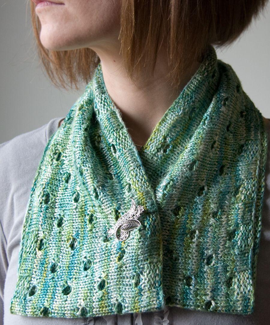 7fc9187b37d6 Free knitting pattern  Botanical cowl