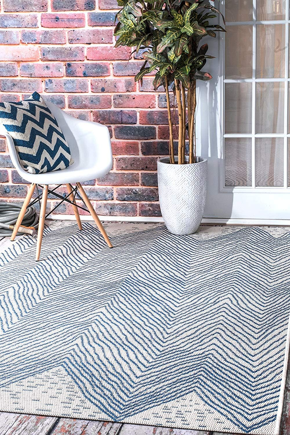 8 Affordable Outdoor Rugs That Look Just As Good Inside As
