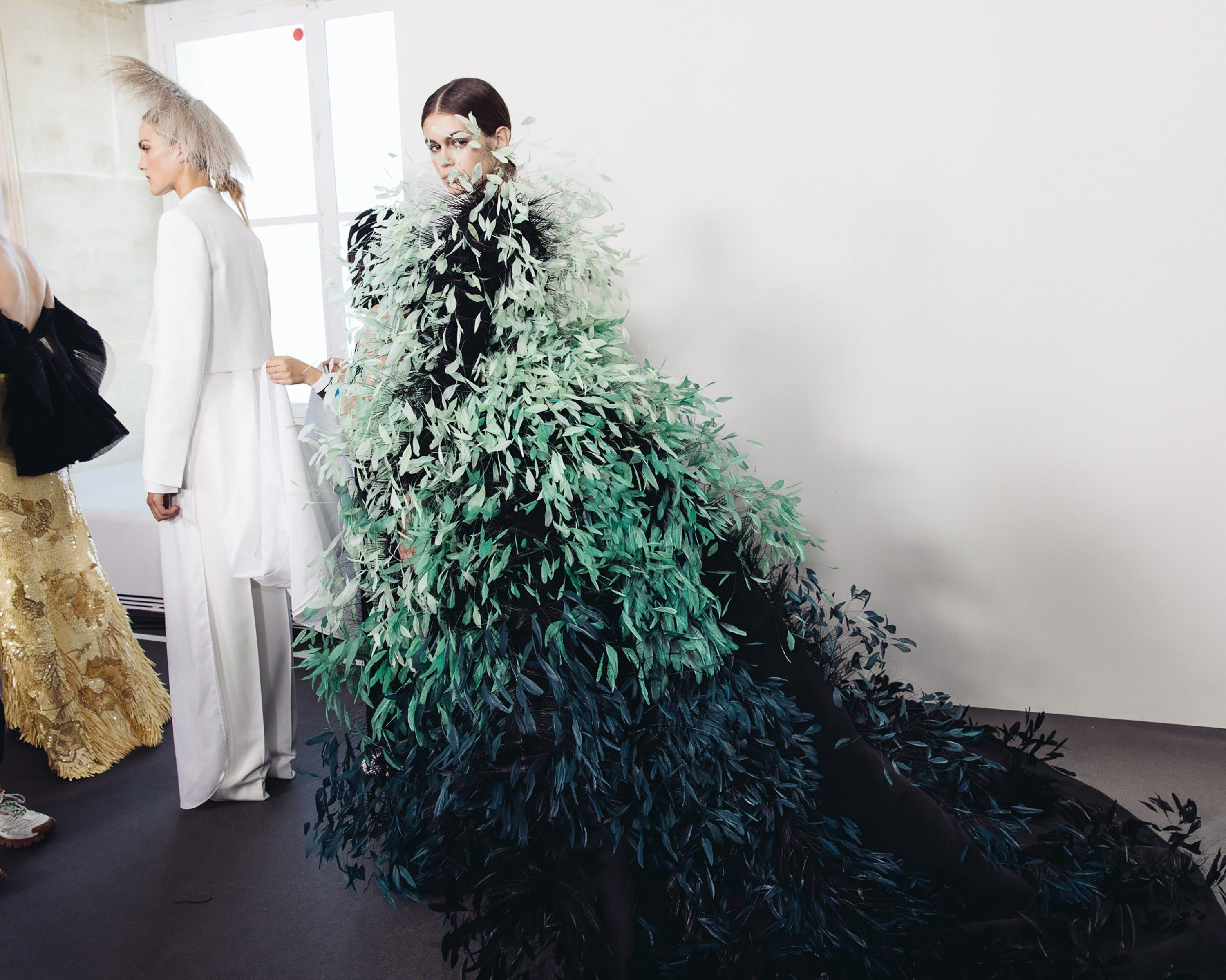 Corey Tenold S Best Backstage Photos From The Fall 2019 Couture Shows In Paris Glamour Fashion Couture Haute Couture Fashion