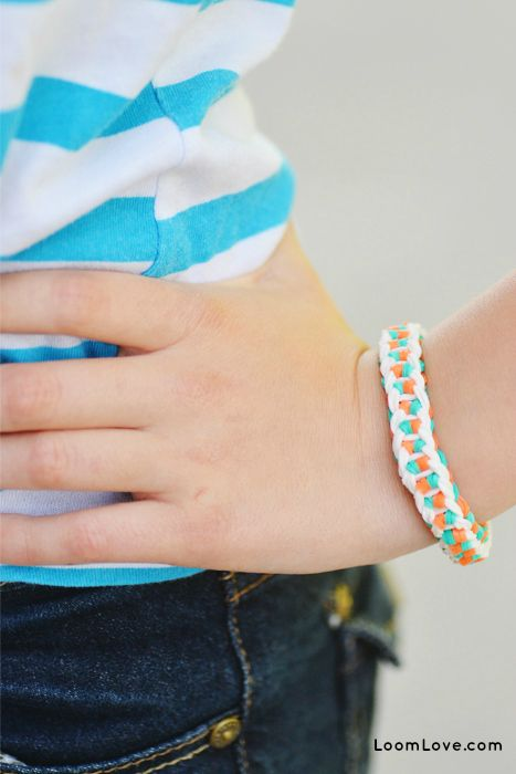Learn how to make a Rainbow Loom Dainty Twist bracelet ...