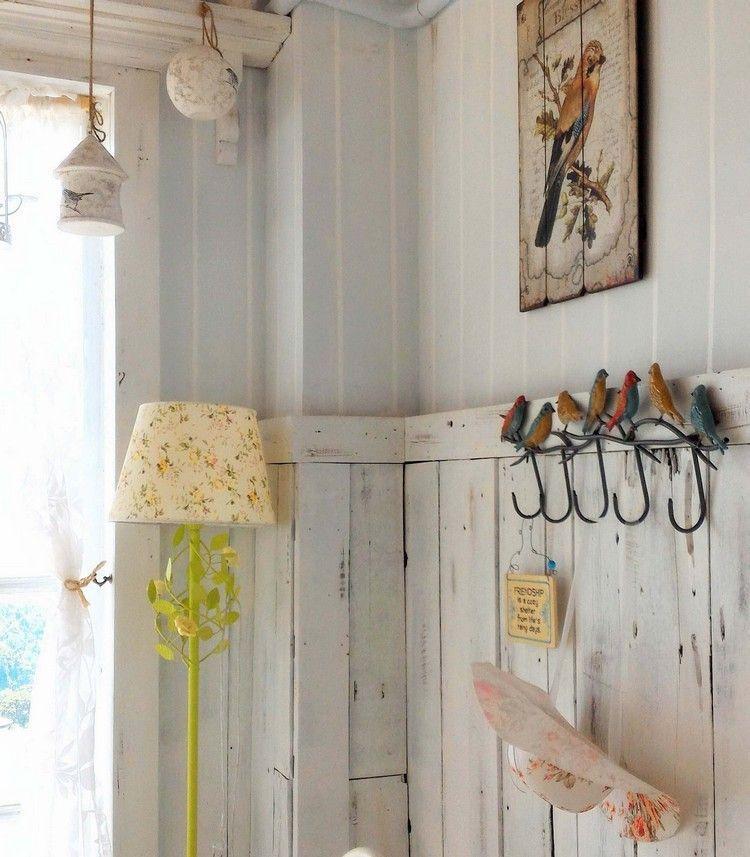 idée déco entrée maison de style shabby chic, soubassement en bois - idee deco entree maison