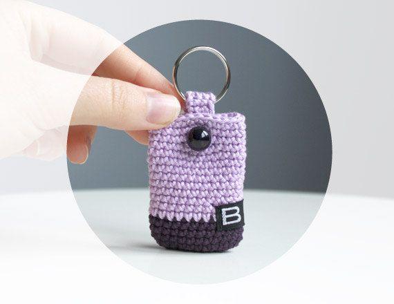 791e6920b crochet keychain mini purse // mini coin purse by BelleAccessoires, €7.90