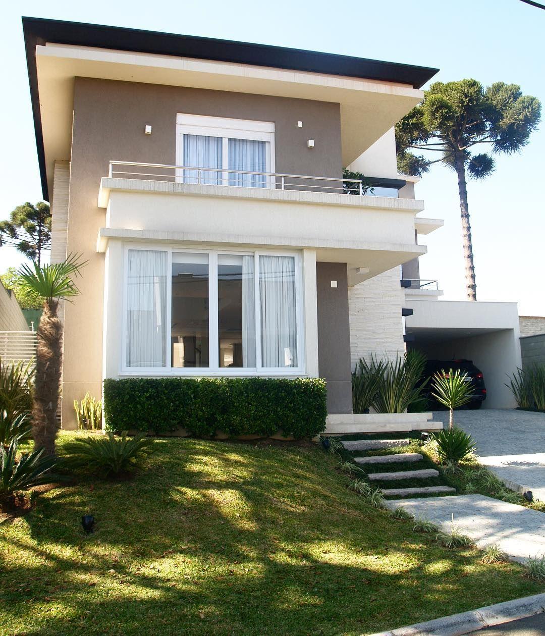 Ver esta foto do instagram de arqcarolbollmann 77 - Ver fachadas de casas modernas ...