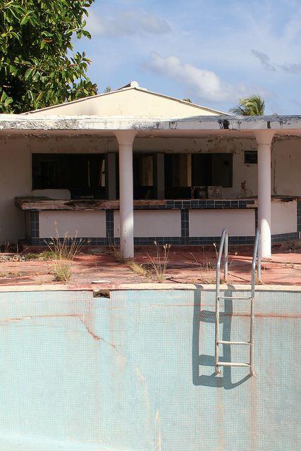 Abandonned Hotel At Half Moon Bay Antigua Beautiful Buildings Half Moon Bay Antigua Half Moon Bay Hotels