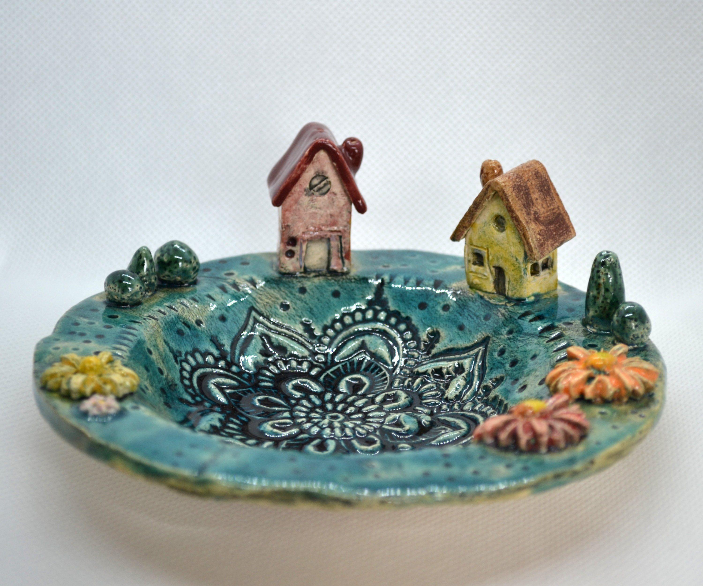 Keramik Kerzenteller Kleine Welt Mit Haus Etsy Kerzenteller Keramik Kerzen
