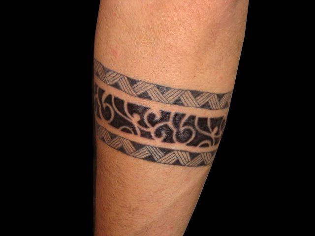 Top Bracelete Maori - antebraço by Urban Mix, via Flickr - Tattoos  YC48