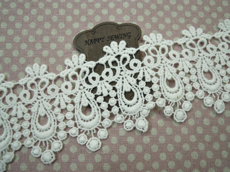 1 Yard Vintage style Cotton Crochet Lace Trim lovely Off White #336ow