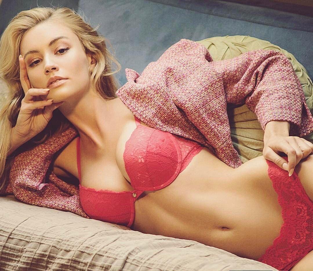 Models adult lingerie