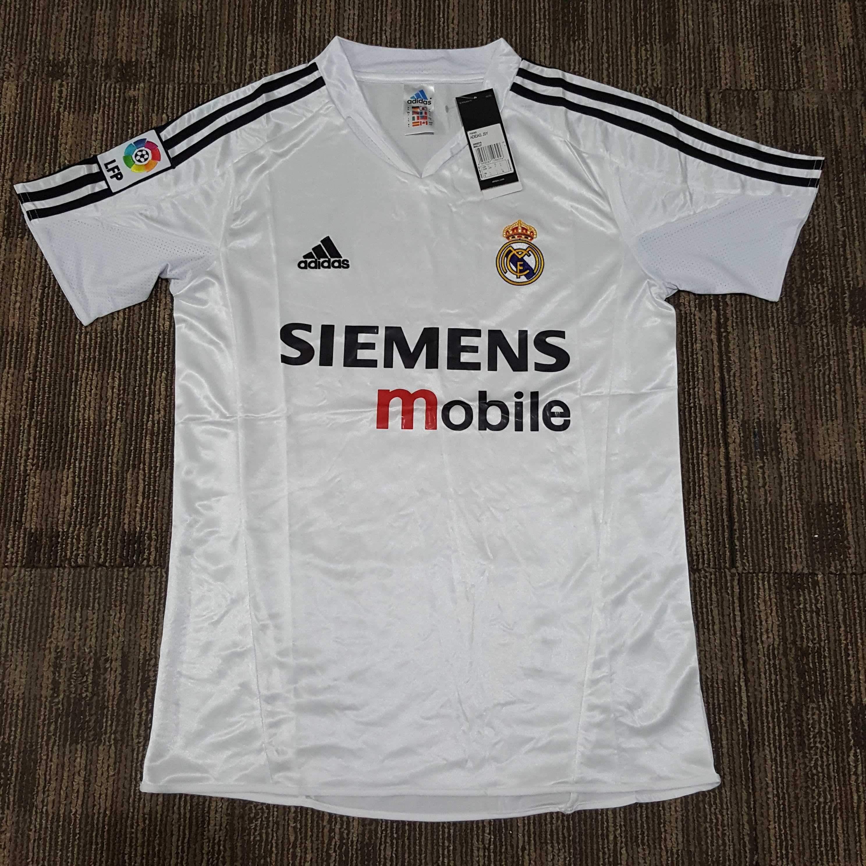 2004 05 Real Madrid Home Shirt In 2020 Vintage Football Shirts Real Madrid Shirts