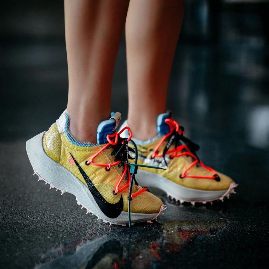 Nike x OffWhite Vapor Street Yellow / Light Bone Nike