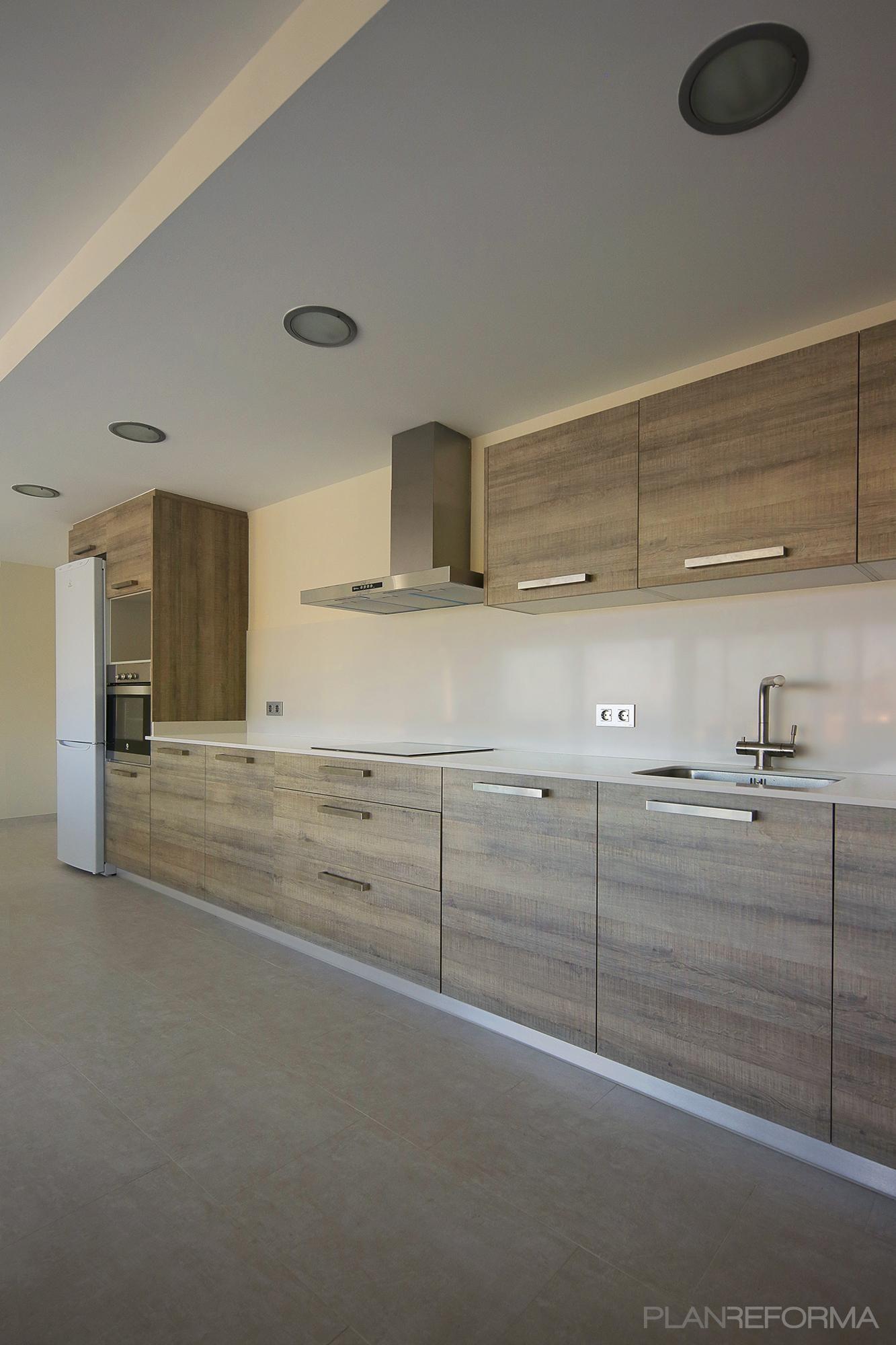 Cocina Estilo mediterraneo Color beige, beige, marron diseñado por ...