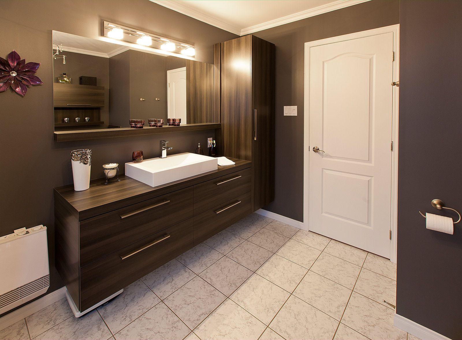 Post\'s featued image. | bathroom idea | Salle de bain, Vanité salle ...