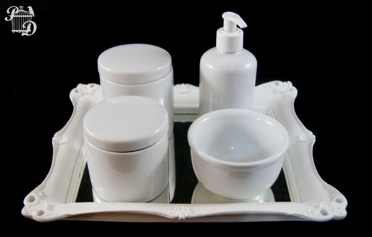 a8b99841a Kit Bebê Higiene Bandeja Espelho Potes Porcelana 5 Peças - R  128