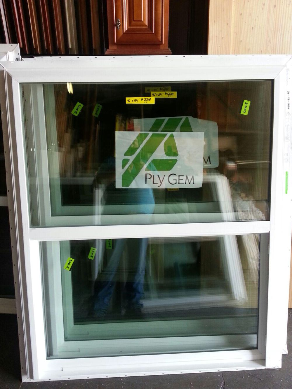 46 X 54 Single Hung Vinyl Windows From Plygem Are In Stock And Only 99 While Supplies Last Single Hung Vinyl Windows Window Vinyl Vinyl Replacement Windows