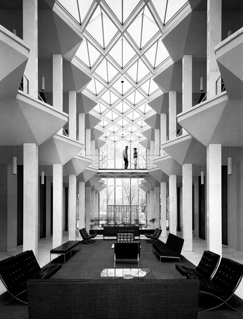 Bill Hedrich Mcgregor Hall By Minoru Yamasaki Wayne State