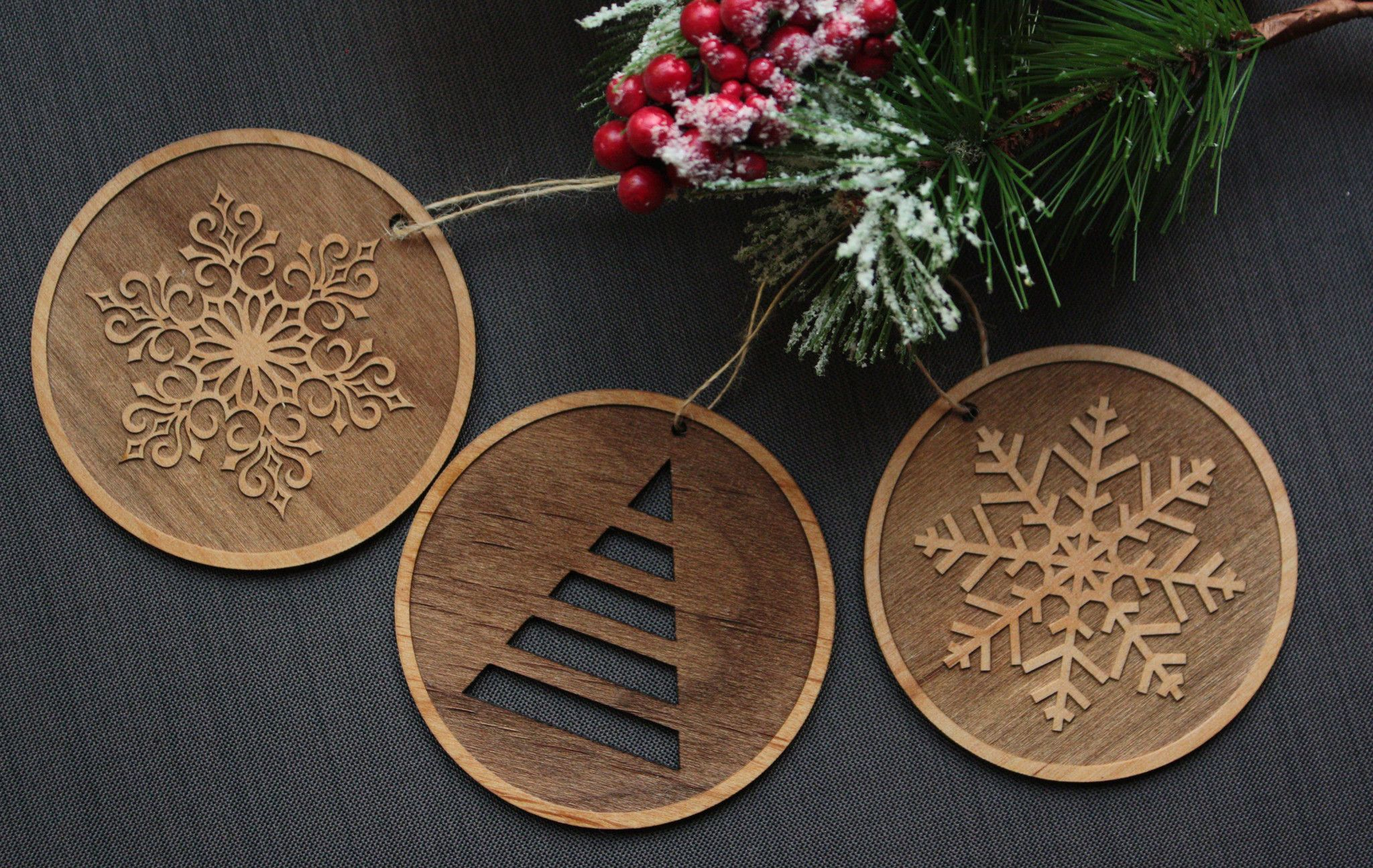 Wood Tree Ornaments Unique Round Christmas Ornament Set Wood Christmas Ornaments Unique Christmas Ornaments Christmas Ornament Pattern