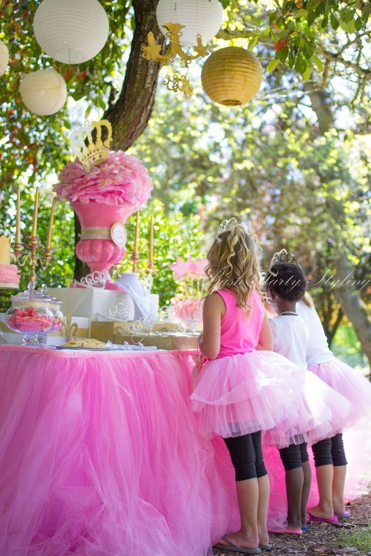 fiestas infantiles ideas para un centro de mesa de princesas ideas para decoracin