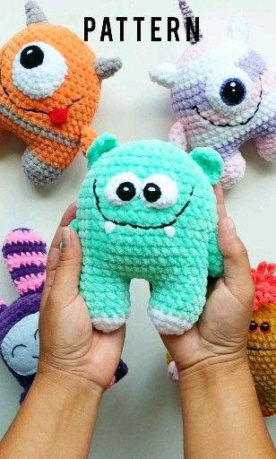 Cute baby alien CROCHET AMIGURUMI PATTERN. Monster Plush - Easy Pattern for Beginners