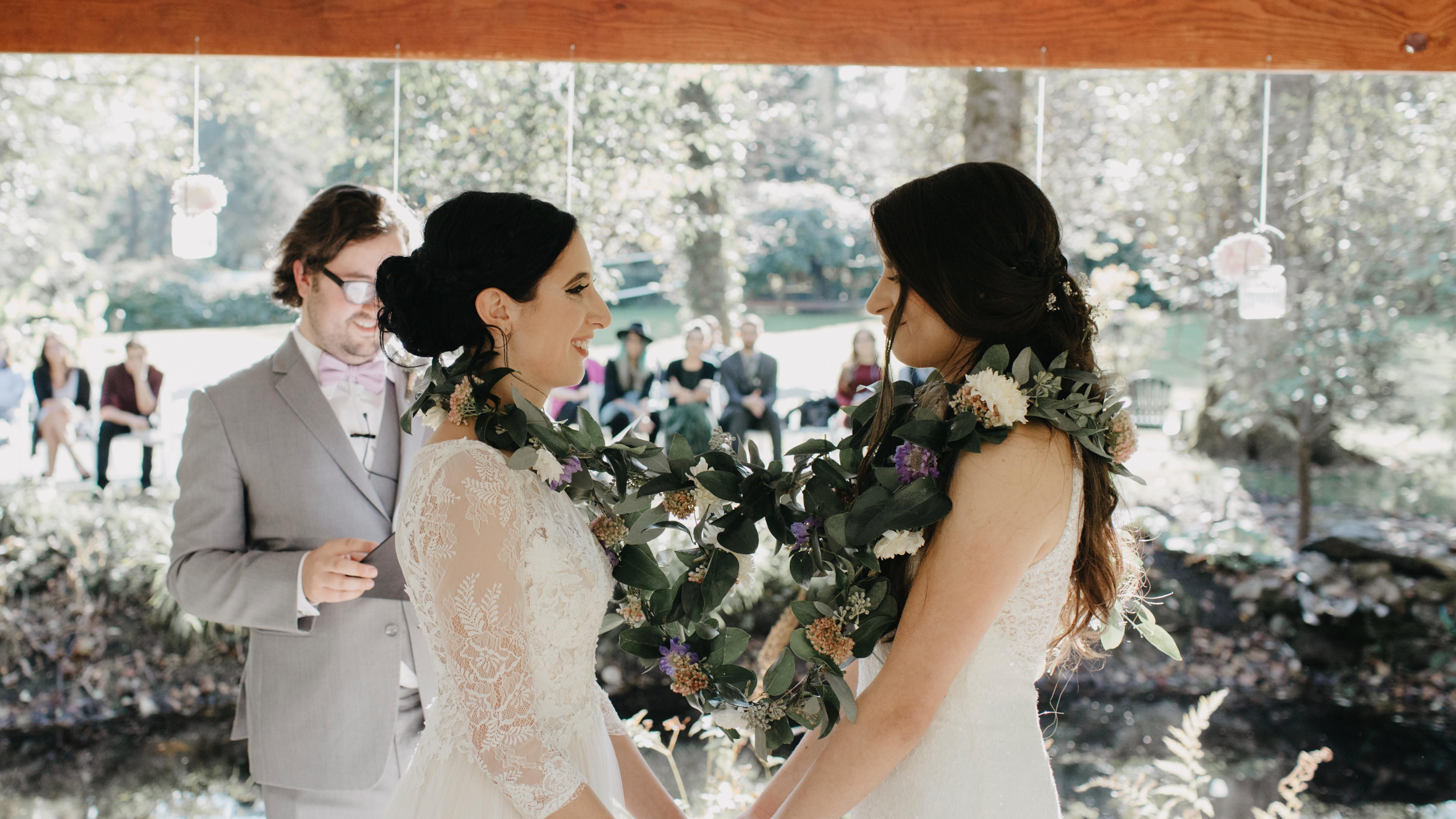 12 Creative Unity Ceremony Ideas for Your Wedding (With