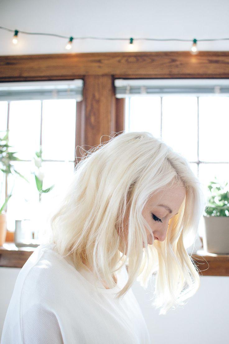 How to get and keep platinum blonde hair like kim kardashianus