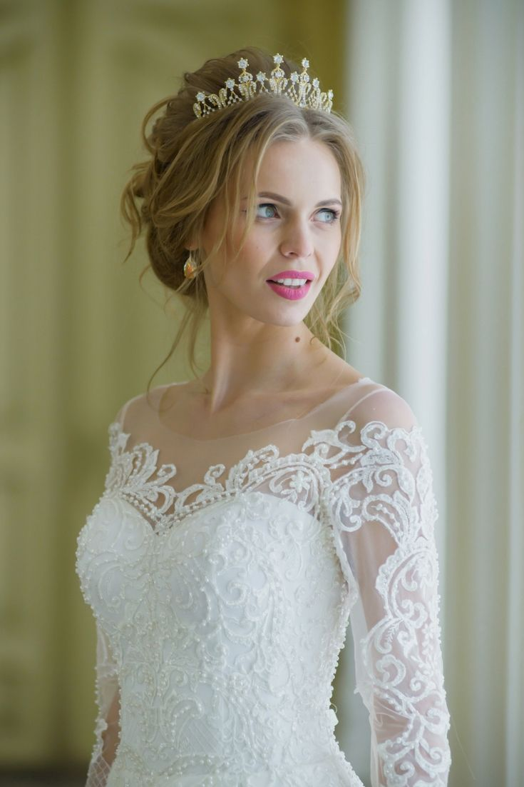 How much is a wedding dress  Obtain Inspirations For An Individualus Wedding Dress Using Our Big